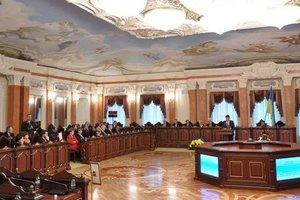 Порошенко заявил, что сегодня подпишет указ по Верховному суду