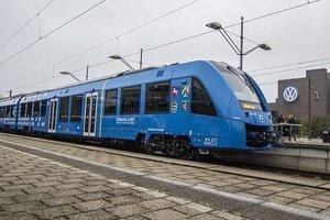 В Германии презентовали поезд на водородном топливе