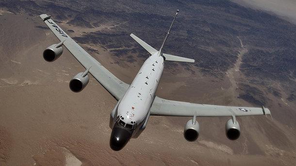 США проведут учения авианосных групп вТихом океане