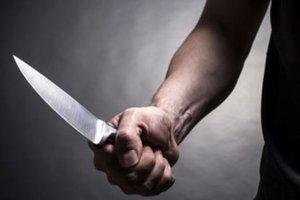 Водитель напал с ножом на пешехода, который переходил дорогу в Ровенской области
