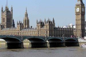 Премьера Великобритании Мэй могут отправить в отставку