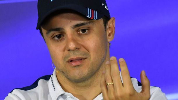 Феттель одержал победу Гран-при Бразилии