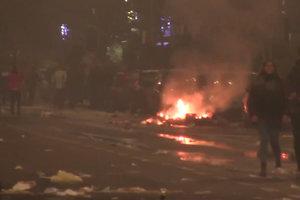 """""""Неприемлемая агрессия в центре Брюсселя"""" - пострадали 20 полицейских"""