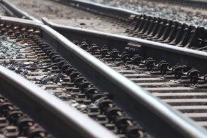 В Харькове электричка насмерть сбила мужчину