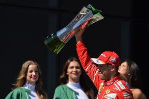 Обзор Гран-при Бразилии: победа Феттеля, авария Хэмилтона, прощание Массы