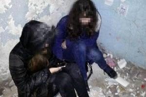 В Мариуполе патрульные не дали школьницам убить себя
