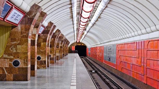 ВХарькове «заминировали» сразу 4  станции метро