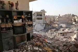 Количество погибших от авиаударов по сирийскому рынку увеличилось