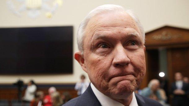 Генеральный прокурор  США изменил показания освязях предвыборного штаба Дональда Трампа сРоссией