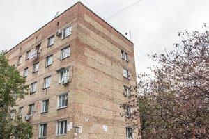 Киевские хрущевки снесут, а жильцов отселят: на переезд согласны не все