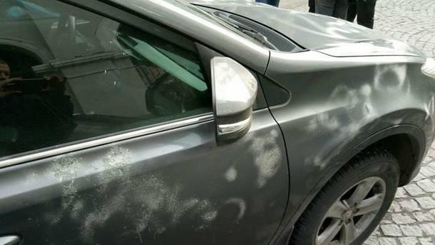 Неизвестные повредили авто генконсула РФ в Харькове