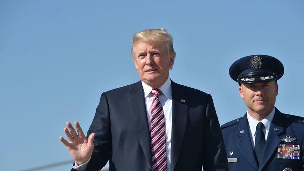 Трампа хотят ограничить вполномочии использовать ядерное оружие