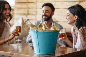 Ученые назвали самые опасные алкогольные напитки
