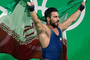 Олимпийский чемпион продает медаль, чтобы помочь жертвам землетрясения