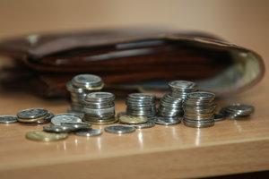 Задолженность по зарплате в ближайшее время ликвидировать не получится, – эксперт