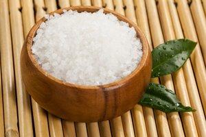 Морская соль: полезные свойства и противопоказания