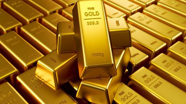 Золото колеблется в цене   Экономические Новости