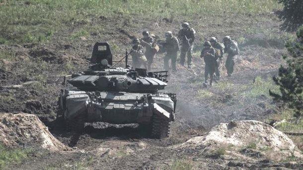 4 обстрела боевиков, потерь нет— Пятница вАТО