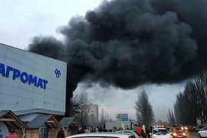 Пожар в строительном магазине в Киеве потушен