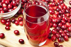 Пять полезных свойств клюквенного сока