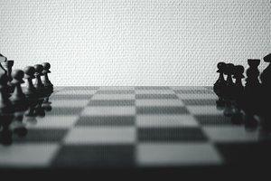Розбрат чи гібрид? – 5 книжок про стратегію виходу з піке