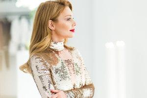 In the Prada hat and no bra: Tina Karol starred in a glamorous photo shoot glamour