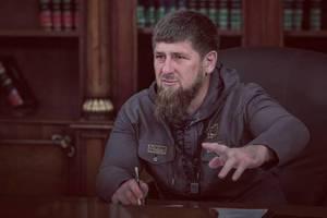 """Кадыров предложил забрать Сталина """"домой"""""""