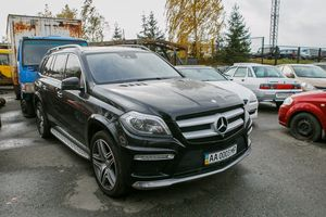MERCEDES-BENZ GL500 4MATIC 2