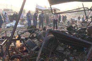 В Ираке грузовик взорвался на переполненном людьми рынке