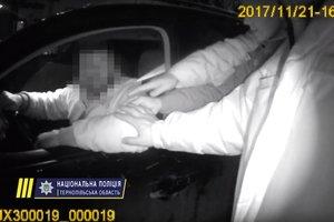В Тернополе депутат облсовета напал на полицейских
