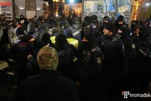 Во время столкновений на Майдане пострадали два человека – полиция