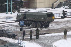 В Луганске штурмовали прокуратуру