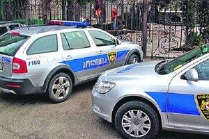 В Тбилиси в жилом доме забаррикадировались террористы