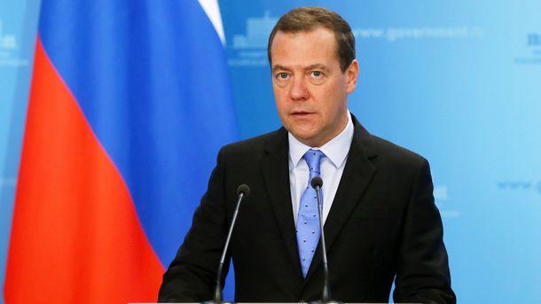 Медведев утихомирил возмущенного статьей особытиях 1968 года Земана