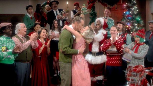 Sia представила клип крождественской песне «Santa's Coming for Us»