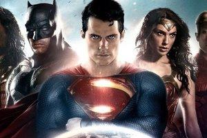 "Супермена из ""Лиги справедливости"" побрили за 25 млн долларов"