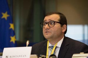 """""""У Украины никогда не было перспективы членства в ЕС"""": интервью с европейским экспертом"""