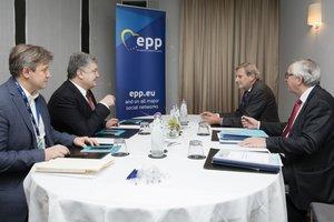Порошенко провел встречу с Юнкером:детали переговоров