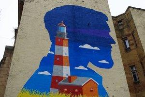 В Одессе появился маяк на стене дома
