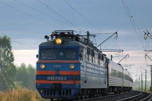 Во Львовской области под колеса поезда попал военнослужащий
