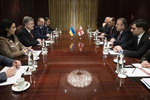"""Саммит """"Восточного партнерства"""": Порошенко провел встречу с премьером Грузии"""