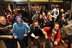 Черная пятница в США: как американцы ждут открытия магазинов