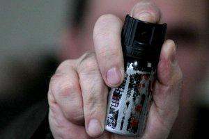 На Волыни 11-классник распылил в школе слезоточивый газ