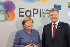 """Порошенко рассказал о """"вишенке на торте"""" саммита в Брюсселе"""
