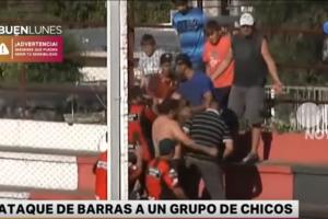 Хулиганы избили детей на матче в Аргентине, приняв их за болельщиков соперника