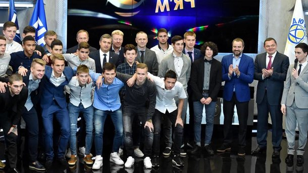 ВКиеве 8декабря пройдет церемония награждения «Футбольные звезды Украины— 2017»