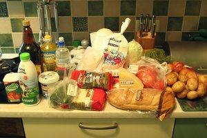 В Украине дорожают хлеб, масло и говядина
