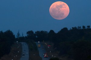 The inhabitants of the Earth have seen the supermoon: amazing pictures