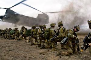 Почему США перебрасывают войска в Европу: американский генерал назвал причину