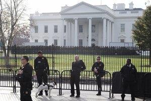 Паранойя в Белом доме: все боятся, что их прослушивают